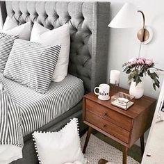 home - maison - decoration - deco - interior design - salon - appartement - apartment - flat - living room - house - design - bohemia - boheme - recup - upcycling - kitchen - bedroom - scandinavian - scandinave / Cozy Bedroom, Home Decor Bedroom, Girls Bedroom, Master Bedroom, Scandinavian Bedroom, Bedroom Wall, Bedroom Lamps, Design Bedroom, White Bedroom