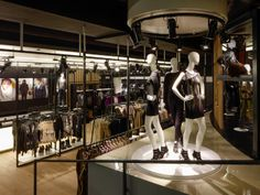 F&F Store, Prague