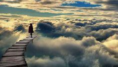 El Espejo Gótico: Fantasía Póstuma: acompañar a un personaje en el más allá