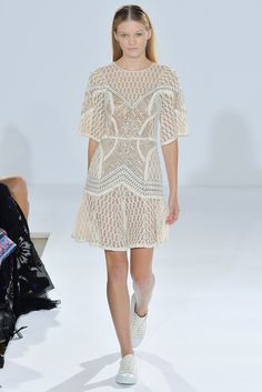 Temperley London Spring 2015 Ready-to-Wear Fashion Show