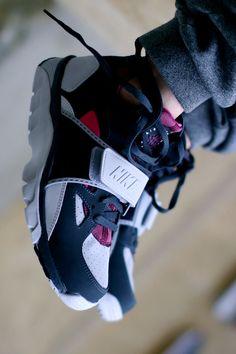 new styles 3693d 766e8 Nike Huarache trainer nike sneakers Jordan Basketball, Sneakers Nike, Nike  Shoes