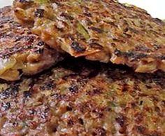 Pretende fazer uns hambúrgueres saudáveis e saborosos? Então, a receita de Hambúrgueres Nutritivos é uma excelente sugestão! A Soja é o legume com mais quantidade e qualidade de proteínas. As …