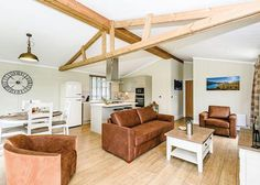 Keswick Reach Lodge Retreat in Bewaldeth, Keswick Lake District Holidays, Lodges, Bed, Travel, Furniture, Home Decor, Cabins, Viajes, Decoration Home