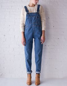 I'm definitely doing this with my new overalls and sweater! Love the look.