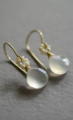 White chalcedony pearl earrings gold