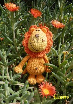 Crochet pattern. crochet Lion - PDF pattern by JulioToys on Etsy https://www.etsy.com/listing/192759754/crochet-pattern-crochet-lion-pdf-pattern