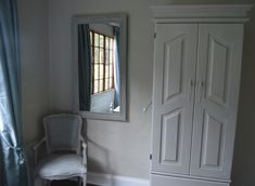 Second bedroom in The Falls cottage