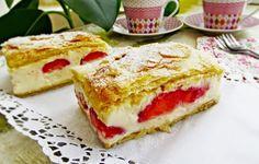 Cremsnit cu foietaj de casa si capsuni - Strawberry cremeschnitte