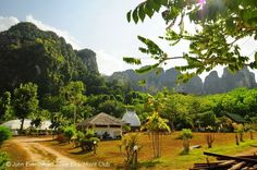 The Arawan Krabi Beach Resort is located in a convenient location near the Nammao pier, only a few minutes drive from Krabi town and Ao Nang away.   #resort #nature #beaches #mountains #beautiful #krabi #thailand #http://thebeachfrontclub.com/beach-hotel/asia/thailand/krabi/ao-nammao/arawan-krabi-beach-resort/