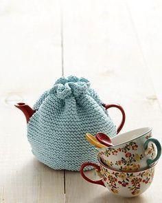Beginner Tea Cozy Knitting Pattern - Knitting patterns, knitting designs, knitting for beginners. Tea Cosy Knitting Pattern, Tea Cosy Pattern, Easy Knitting Patterns, Free Knitting, Crochet Patterns, Simple Knitting, Knitting Ideas, Knitting Tutorials, Stitch Patterns
