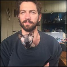 Lets kick this off with the one and only: Michiel Huisman, actor and soon to be international superstar. | 23 Dutch Men Who Are God's Gift To This Earth