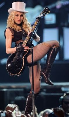 Madonna. Sticky and Sweet Tour..