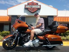 Help us congratulate Billy Giles, he is leave Redstone Harley - Davidson today with TWO Harleys! A 2016 Limited and 2012 Ultra Classic! Welcome to the Redstone HD Family Billy! #harleydavidson #redstonehd #motorcycle #ultraclassic #harleylimited #redstonehdfamily #rollyourown #dreamscometrue #workhardridehard #redstoneharley #harleyfamily