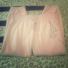 PINK lavender bling pants<3 Only worn about 2-3 times. In basically perfect condition. No rips no piling! (: didn't wear them as much as I thought I would :( PP$34! PINK Victoria's Secret Pants