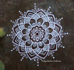 Rangoli and Art Works: FREEHAND KOLAM Indian Rangoli Designs, Rangoli Designs Latest, Rangoli Border Designs, Latest Rangoli, Rangoli Ideas, Rangoli Designs Images, Rangoli Designs With Dots, Beautiful Rangoli Designs, Rangoli Borders