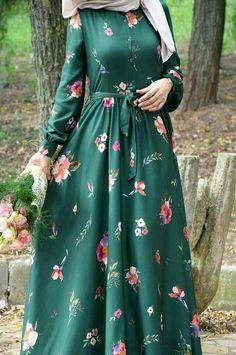 - Hijab Style Dress, Modest Fashion Hijab, Modern Hijab Fashion, Muslim Women Fashion, Hijab Fashion Inspiration, Islamic Fashion, Abaya Fashion, Fashion Dresses, Moslem Fashion