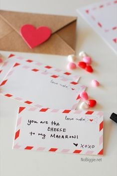 Valentine's Day Countdown Calendar with free printable Valentine Day Crafts, Happy Valentines Day, Valentine Ideas, Diy Craft Projects, Holiday Countdown, Countdown Calendar, Valentine Calendar, Happy Hearts Day, Tips & Tricks
