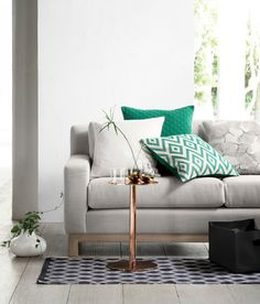 Jacquard weave cushion -diamond pattern, green (also in black and yellow Living Room Green, Living Room Sofa, Living Room Interior, Home Living Room, Living Spaces, Family Room Addition, H & M Home, Green Cushions, Living Room Arrangements