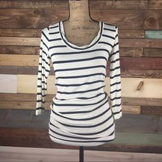 PM Editor Pick Navy & Ivory Striped Tunic Navy & Ivory Striped Tunic Sweater  Super cute, longer length perfect with leggings. Super soft and in pristine condition. No signs of wear, NWOT. Slightly sheer - material has a lightweight sweater feel.  #cabi #tuni #soft #woodsnap #casualglam #wardrobeessential CAbi Sweaters