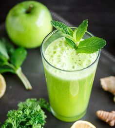 Koktajl z zieloną herbatą