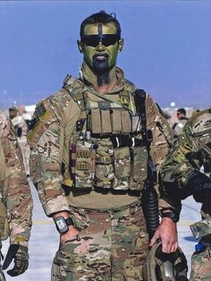 Corporal Cameron Baird Member of Australian Commando Regiment. His gear is now displayed at the Australian War memorial. Military Special Forces, Military Police, Military Weapons, Usmc, Marines, Military Uniforms, Australian Special Forces, Us Army Rangers, Green Beret