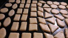 Bryndzové pečivo - recept   Varecha.sk Ale, Cookies, Desserts, Food, Basket, Crack Crackers, Tailgate Desserts, Deserts, Ale Beer