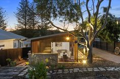 Range of small houses — Baahouse / Granny flats / Tiny House / Small houses / Brisbane / Australia wide Tiny Beach House, Tiny House Cabin, Modern Small House Design, Tiny House Design, Brisbane Australie, Hut House, Modern Bungalow House, Home Building Design, Shed Homes