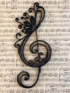 Discover recipes, home ideas, style inspiration and other ideas to try. Paper Quilling Patterns, Quilled Paper Art, Quilling Paper Craft, Paper Crafts, Quilling Ideas, Paper Patterns, Diy Crafts, Treble Clef Art, Treble Clef Tattoo