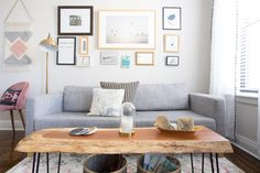 Although pastels might not immediately come to mind when considering living room wall colors, they can actually be used quite … Paredes Color Pastel, Interior Led Lights, Pastel Walls, Small Studio Apartments, Nyc Studio, Living Room Art, Diy Room Decor, Home Decor, Interior Design