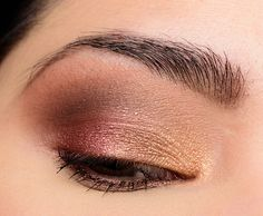 Tarte Tarteist Pro to Go Eyeshadow Palette ( for oz.) includes three matte eyeshadows and three shimmer eyeshadows, which all ran warm in undert Blending Eyeshadow, Eyeshadow Looks, Eyeshadow Palette, Eyeshadows, Eyeshadow Ideas, Soft Smokey Eye, Smokey Eye Makeup, Eyebrow Makeup, Makeup Inspo