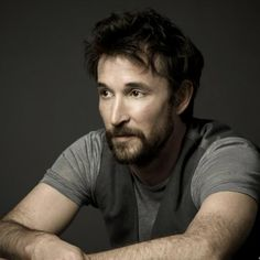 Pictures of Noah Wyle