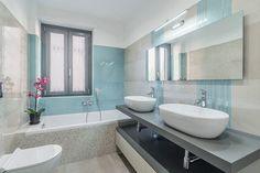 Il bagno è solitamente una delle stanze più piccole della ca…