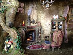 Fairy furniture in a fairy house. SALE Fairy house dollhouse tree house by fairyfurnishings on Etsy. Fairy Village, Fairy Tree, Miniature Fairy Gardens, Miniature Houses, Fairy Dust, Fairy Land, Kobold, Gnome House, Witch House