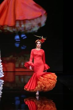 Belén Vargas Moda Paris, Snow White, Victorian, Disney Princess, Disney Characters, Dresses, Fashion, Pageants, Flamenco Dresses