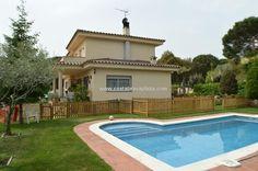 villa in santa cristina d´aro, te koop, 3 slaapkamers, 160 m2, 472.500€