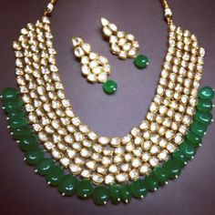 Kundan Necklace Set with Earrings Stones: Kundan Gold Plated *Please contact us for custom colors or to add additional jewelry pieces to this order