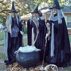 Halloween Discussion Forum, Haunts and Home Haunt Community. Halloween Forum, Halloween Projects, Halloween 2019, Cute Halloween, Holidays Halloween, Halloween Graveyard, Halloween Witches, Halloween Pumpkins, Scary Halloween Decorations