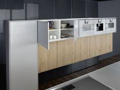 Kleine donkere keuken u informatie over de keuken