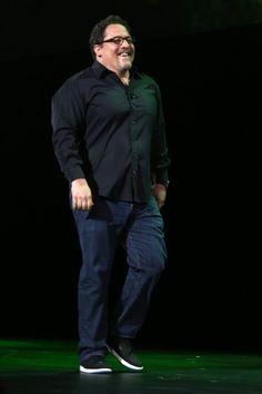 Jon Favreau Fotograf Galerisi Jon Favreau Photos Jon Favreau Gallery Jon Favreau, Marvel Actors, Gallery, Happy, People, Photos, Fictional Characters, Pictures, Roof Rack