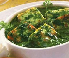 Methi Paneer is a wonderful combination of methi (fenugreek) and paneer, cooked in a typical Punjabi style