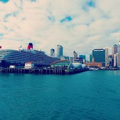 View of Auckland from the ferry to Waiheke Island   Auckland, New Zealand   #auckland #waihekeisland #newzealand #cityview #travelblogger #chillandvadrouille #perfectmoment