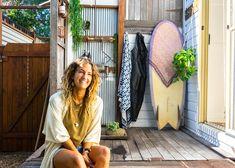 Surf Shacks 059 – Celeste Twikler – Indoek Surf Shack, Beach Shack, Messy Hairstyles, Beach House, Surfing, Shed, New Homes, House Design, House Styles