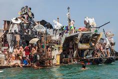The Burning Man Aquatic: Hobo-Steampunk Boats House River-Running Art Collective Running Art, Venice Canals, Street Art, Narrowboat, Urban Setting, Collaborative Art, Grand Hotel, Installation Art, Art Installations