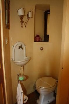 1000 Images About Tiny Powder Room On Pinterest Small
