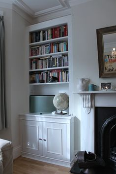 Pair of traditional fireplace alcove bookcases - Carpentry ...
