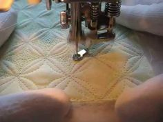 Free Motion Quilting: Lattice Grid Design