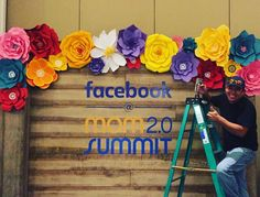 facebook bakdrop paper flowers
