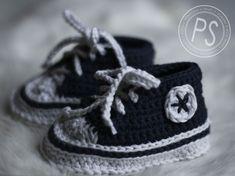 "CROCHET BABY ""CONVERSE""  http://precioussister.blogspot.com/2012/01/crochet-baby-converse.html"
