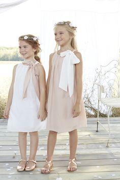 13e0eca0075 Cérémonies  20 tenues d enfants tendances. Robe Blanche FilletteRobe Bébé Robe Fillette MariageTenue FilletteIdée ...