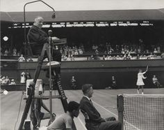 Wimbledon Championships special umpires microphone, STC type 4035, 1962. IET Archives NAEST 211/02/33/03/05